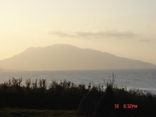 le mont du CHENOUA dans la brume